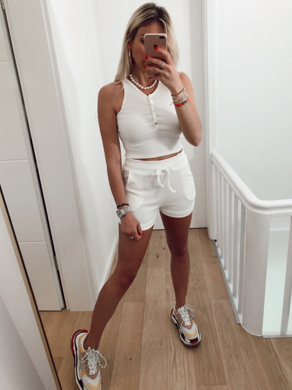 White HECTOR top and shorts set