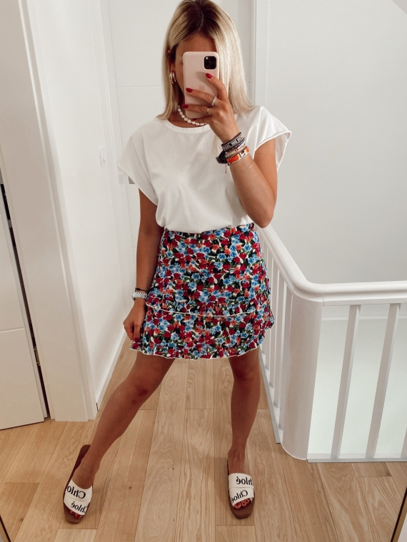 White AUGUST frilly floral skirt