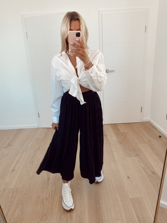 Black CHOICE oversized pleated pants