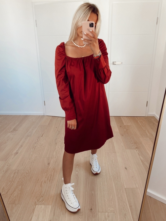 Red CHARMS squared collar dress
