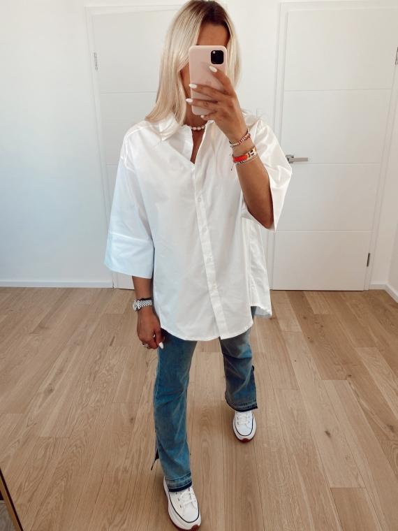 Oversized GLOW shirt
