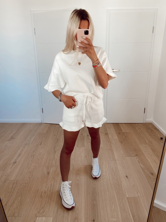 White COMFY shorts and t-shirt set