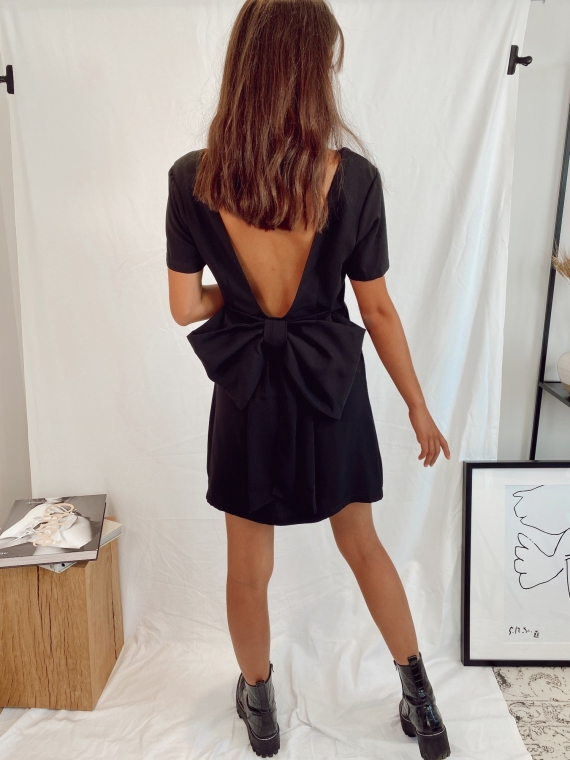 Black ICONIC knot dress