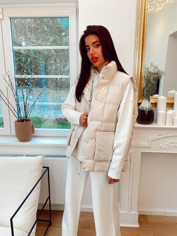 Beige sleeveless quilted jacket HOLSK