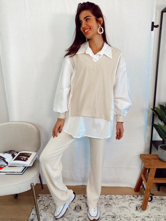 Pull col V beige WINDOW avec chemise intégrée