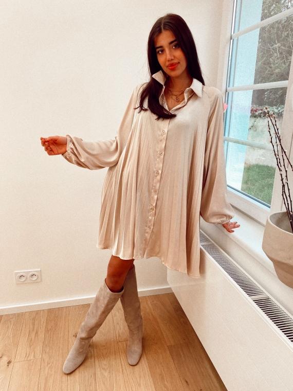 Robe chemise plissée satinée MAZURE beige