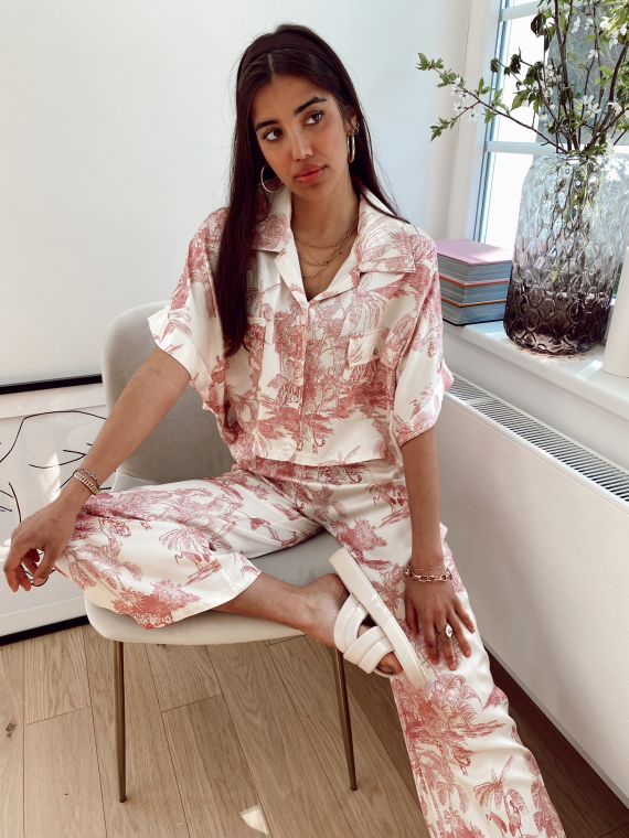 Red AVENUE toile de jouy satin set