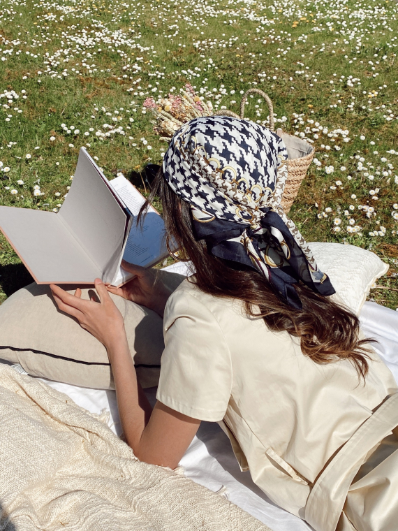 Headscarf 01