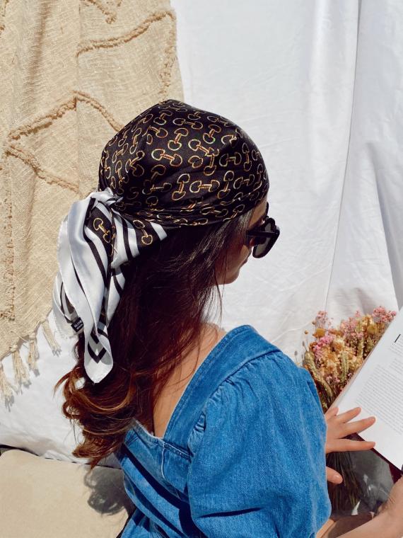 Headscarf 09