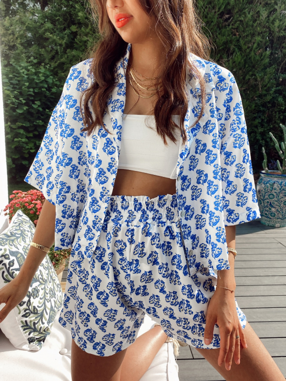 Floral satin set blouse and shorts BONDIE in white